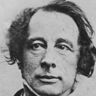 Charles-Dickens-9274087-1-402